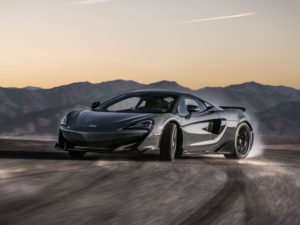 location voiture luxe McLaren 600LT